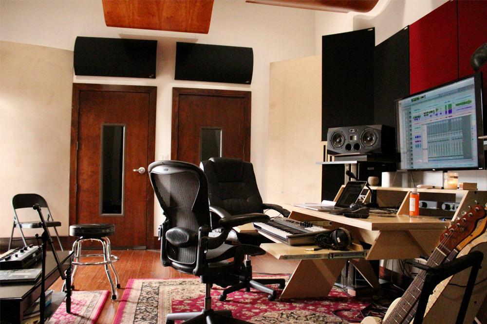Studio C-1