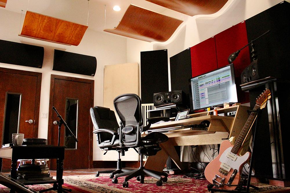 Studio C-2